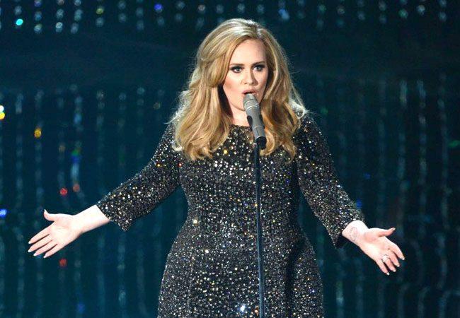 Adele candidata in 5 categorie ai Grammy. Per farcela stare tutta