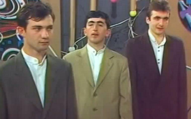 XX Congresso, il trio russo che canta Nek