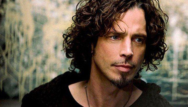 """Chris Cornell, in esclusiva la mail trovata sul suo pc:  """"Ciao, sto scrivendo la cover italiana di Black Hole Sun. Vasco Rossi."""""""