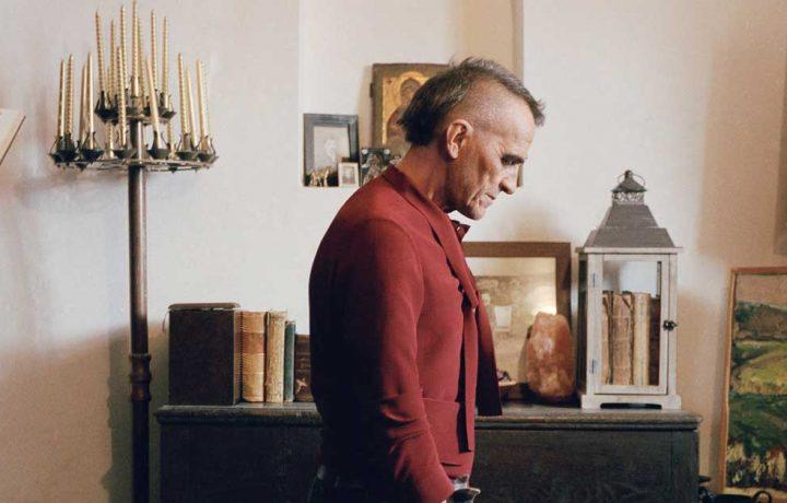 Giovanni Lindo Ferretti indossa Gucci sulla copertina di Dust Magazine