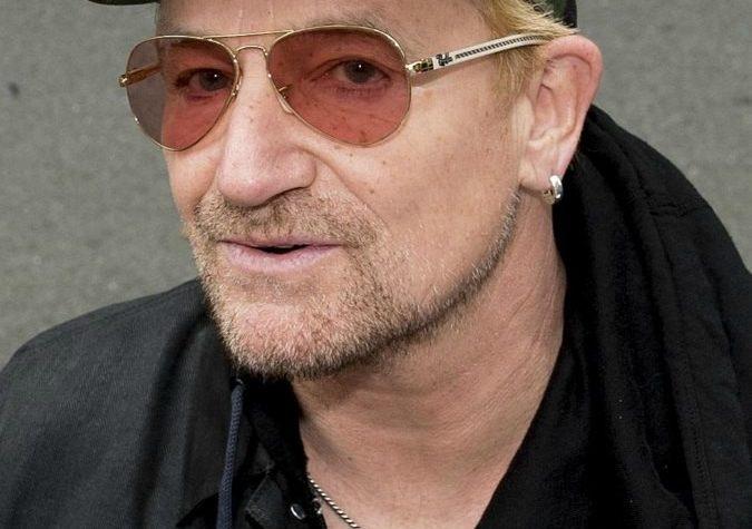 Se Bono non avesse fatto il cantante, adesso sarebbe uno di quegli eroinomani di Termini che ti parlano di energia positiva e fratellanza.