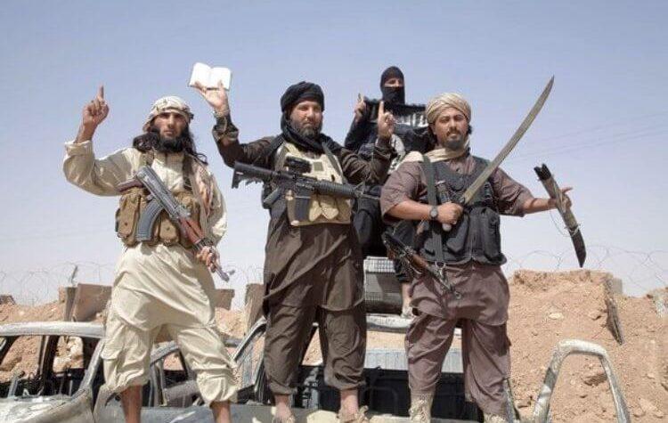 I terroristi hanno base in Italia ma agiscono all'estero. Come Il Volo.